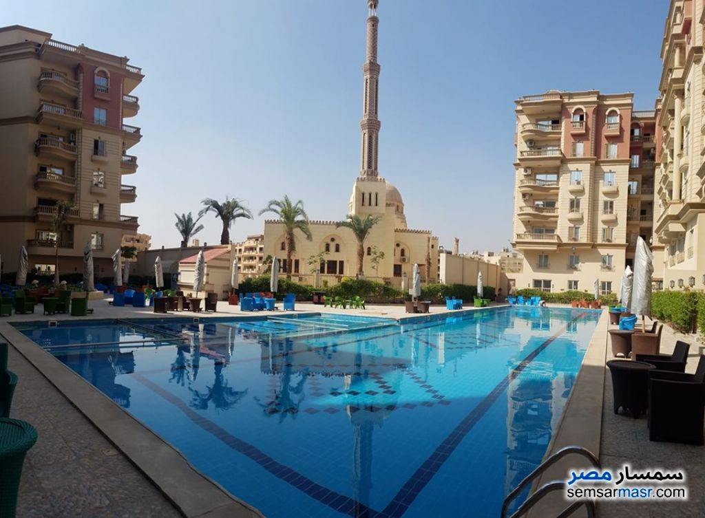 Ad Photo: Apartment 3 bedrooms 3 baths 190 sqm semi finished in Mokattam  Cairo