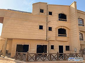 Ad Photo: Villa 6 bedrooms 5 baths 400 sqm semi finished in First Settlement  Cairo