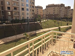 Apartment 3 bedrooms 2 baths 133 sqm super lux For Sale Madinaty Cairo - 9