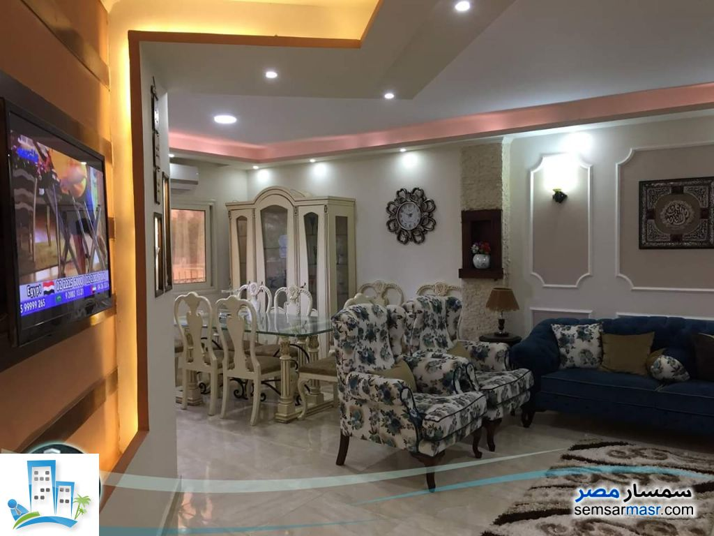 Ad Photo: Apartment 2 bedrooms 2 baths 140 sqm extra super lux in El Ubour City  Qalyubiyah