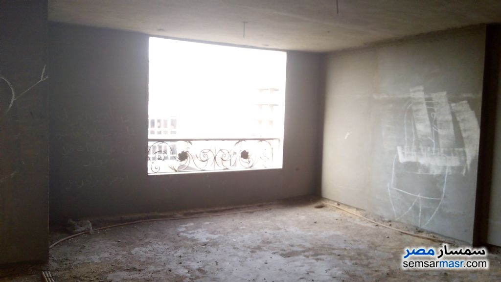 Ad Photo: Apartment 3 bedrooms 2 baths 140 sqm semi finished in Hadayek Al Kobba  Cairo