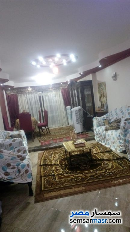 Photo 2 - Apartment 3 bedrooms 1 bath 152 sqm extra super lux For Sale Zeitoun Cairo
