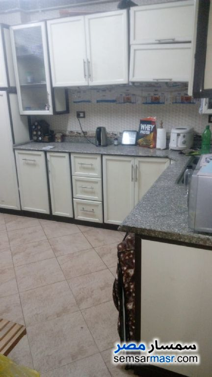 Photo 3 - Apartment 3 bedrooms 1 bath 152 sqm extra super lux For Sale Zeitoun Cairo