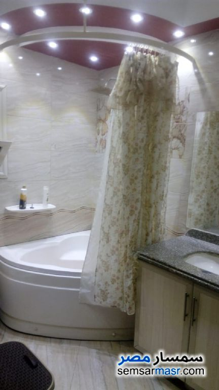 Photo 6 - Apartment 3 bedrooms 1 bath 152 sqm extra super lux For Sale Zeitoun Cairo
