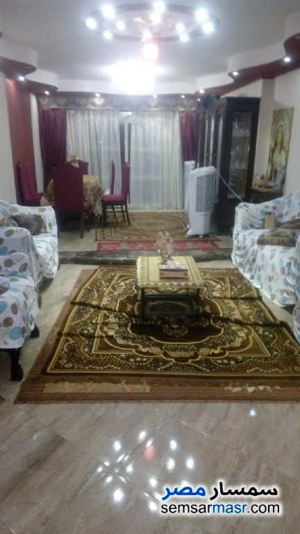 Photo 1 - Apartment 3 bedrooms 1 bath 152 sqm extra super lux For Sale Zeitoun Cairo