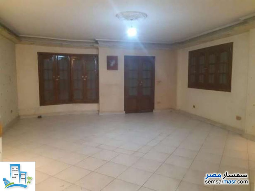 Photo 1 - Apartment 3 bedrooms 2 baths 150 sqm super lux For Sale New Nozha Cairo