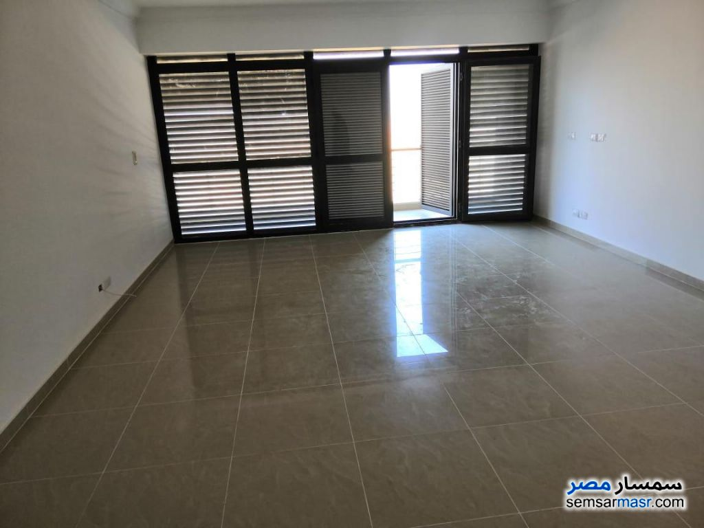 Photo 6 - Apartment 3 bedrooms 2 baths 151 sqm extra super lux For Rent Madinaty Cairo
