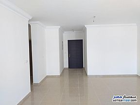 Apartment 3 bedrooms 2 baths 151 sqm extra super lux For Sale Madinaty Cairo - 9