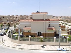 Ad Photo: Villa 5 bedrooms 5 baths 775 sqm semi finished in North Extensions  6th of October