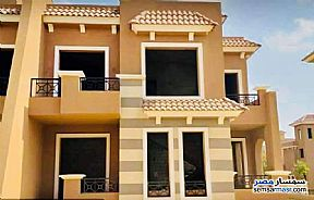 Ad Photo: Villa 4 bedrooms 3 baths 290 sqm semi finished in North Extensions  6th of October