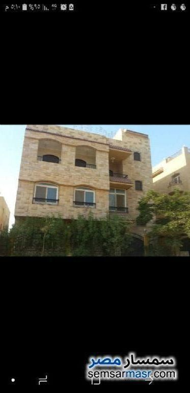 Ad Photo: Villa 8 bedrooms 4 baths 400 sqm extra super lux in Shorouk City  Cairo
