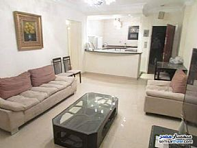 Ad Photo: Apartment 2 bedrooms 1 bath 115 sqm super lux in Maadi  Cairo