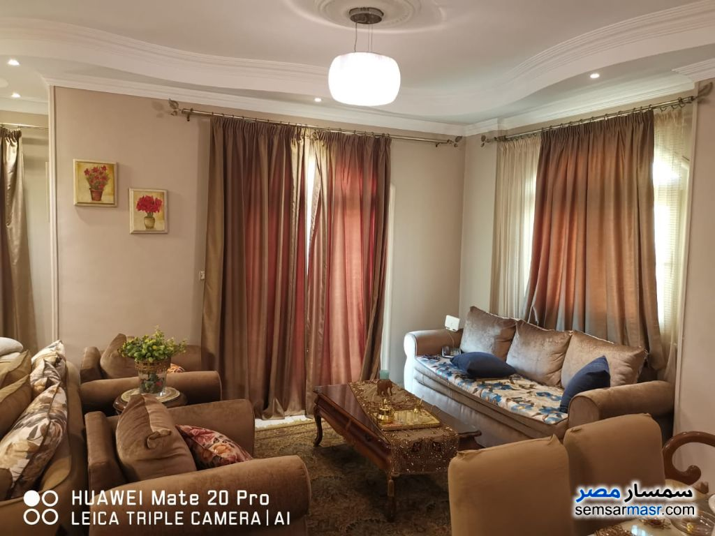 Ad Photo: Apartment 3 bedrooms 3 baths 200 sqm super lux in Qalyubiyah
