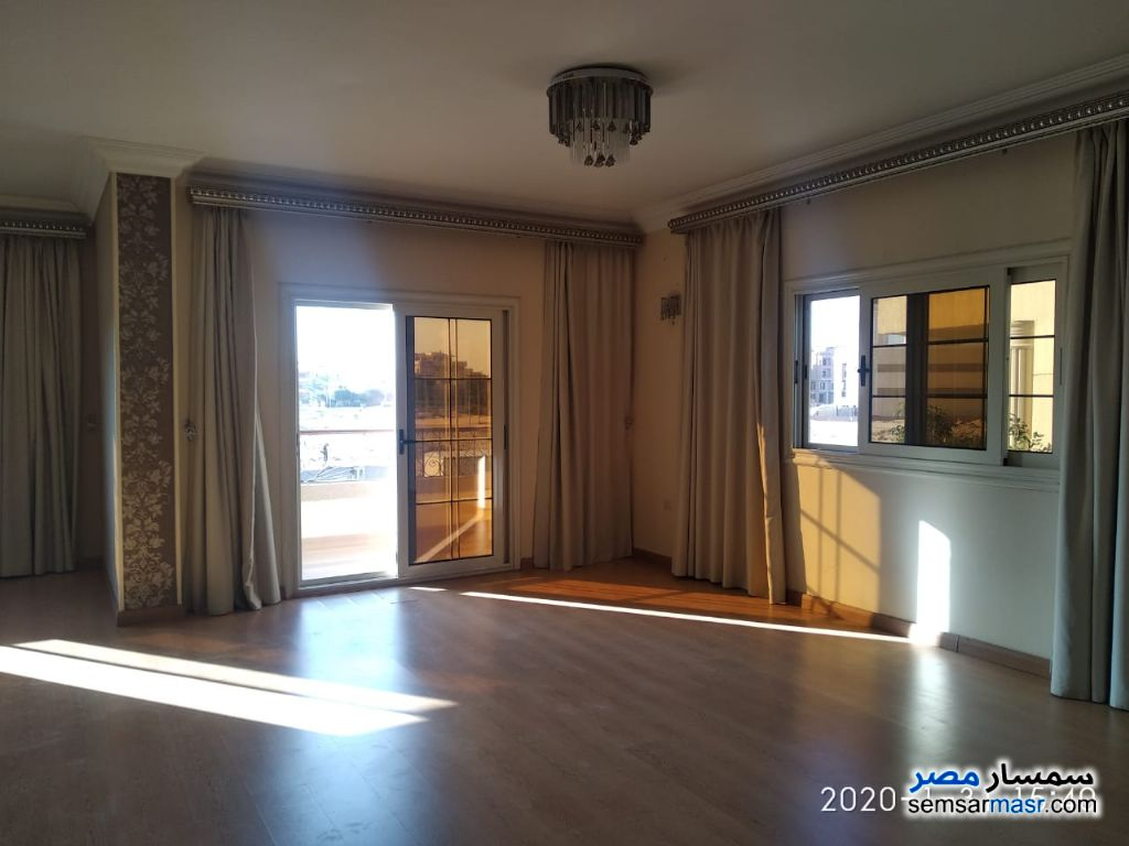 Photo 7 - Apartment 3 bedrooms 3 baths 225 sqm super lux For Sale El Ubour City Qalyubiyah