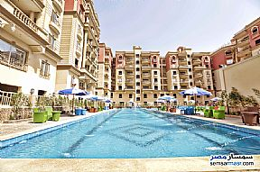 Ad Photo: Apartment 4 bedrooms 3 baths 255 sqm extra super lux in Mokattam  Cairo