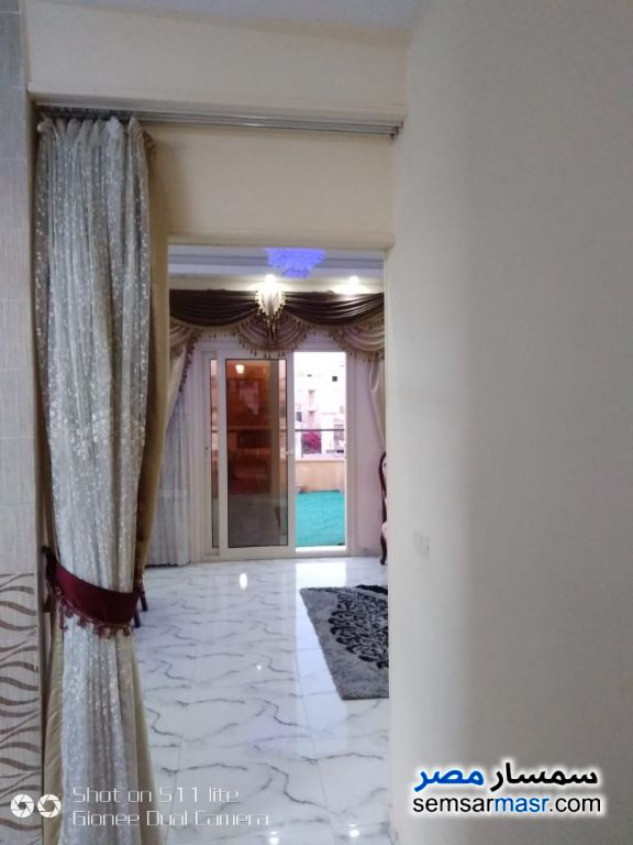 Photo 4 - Apartment 3 bedrooms 3 baths 400 sqm extra super lux For Sale El Ubour City Qalyubiyah