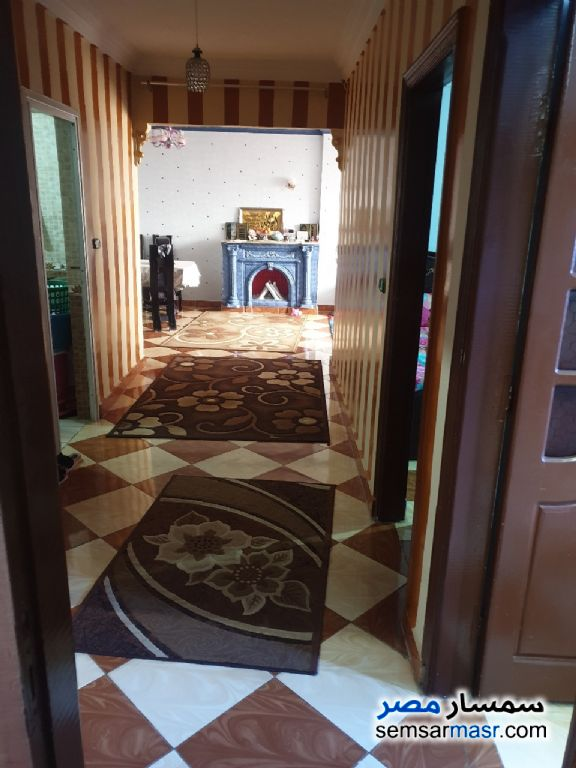 Ad Photo: Apartment 3 bedrooms 1 bath 160 sqm super lux in Al Salam City  Cairo
