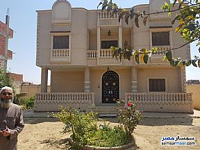 Ad Photo: Villa 4 bedrooms 2 baths 1400 sqm extra super lux in Bilbeis  Sharqia
