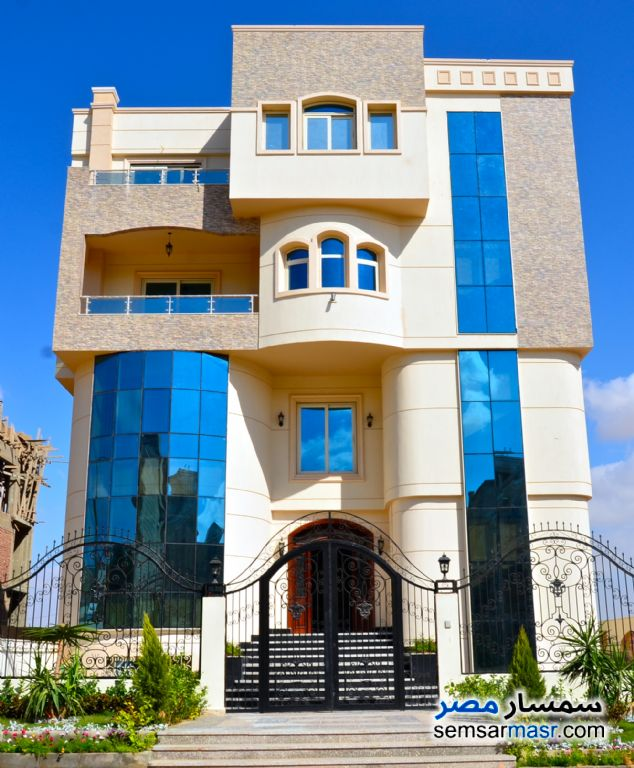 Ad Photo: Administrative Building for Sale in October in West Somid  6th of October