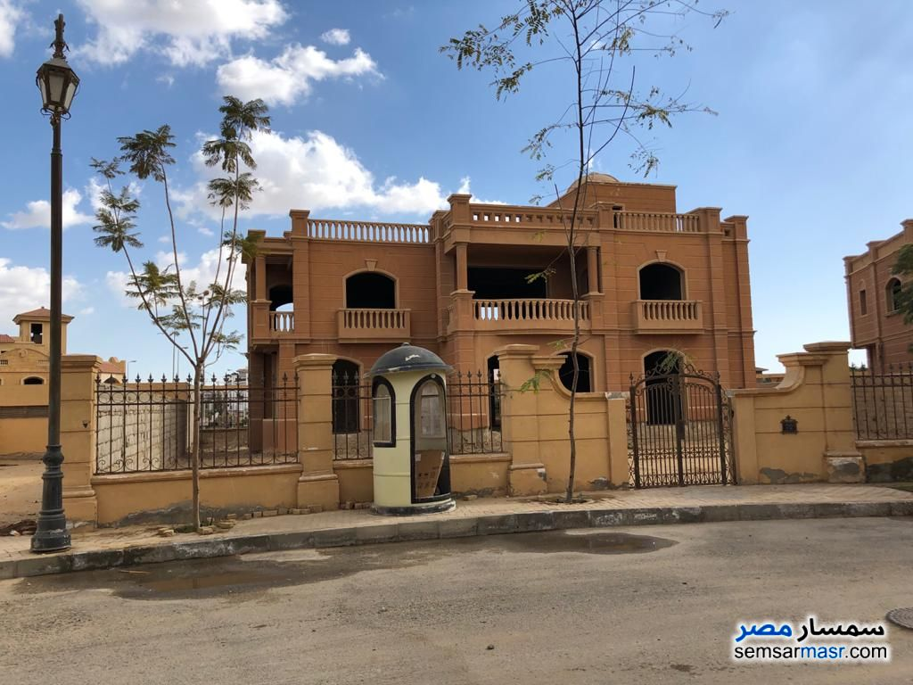 Ad Photo: Separate villa in Legenda in Sheikh Zayed Entrance 2 in 6th of October