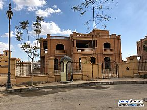 Separate villa in Legenda in Sheikh Zayed Entrance 2