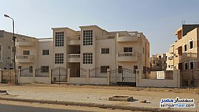 Ad Photo: Twin villa in Shorouq, Rabwa Street, in front of the Green Valley Compound. Land Area 1080, Bldg Are in Shorouk City  Cairo