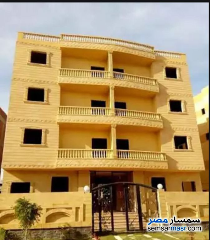 Ad Photo: Apartment 3 bedrooms 1 bath 135 sqm without finish in Hadayek El Mohandessin  6th of October