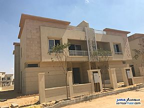 Ad Photo: Villa 4 bedrooms 4 baths 360 sqm semi finished in Sheikh Zayed  6th of October