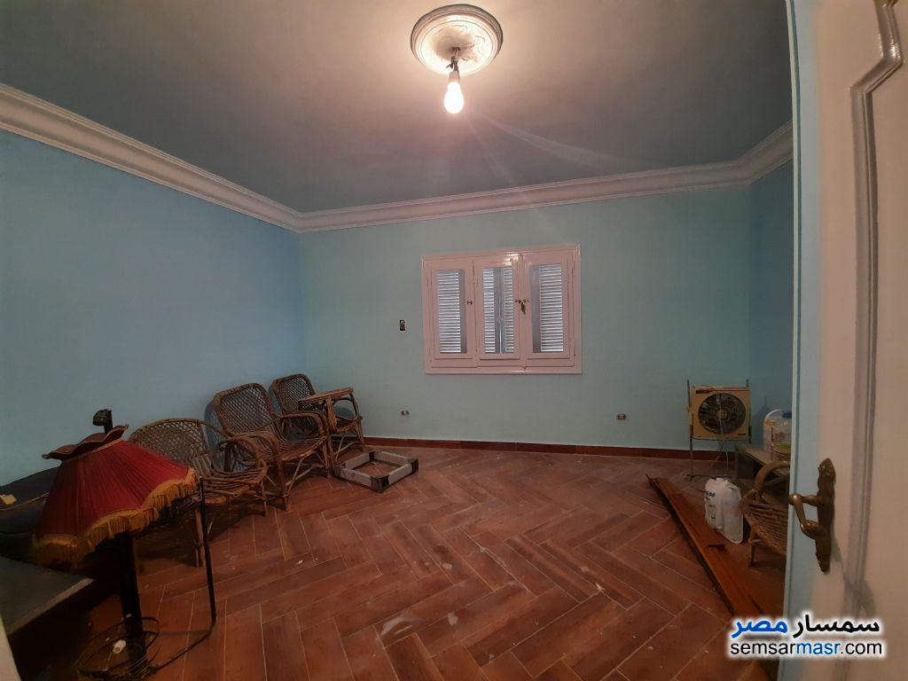 Ad Photo: Apartment 2 bedrooms 1 bath 142 sqm super lux in Nasr City  Cairo