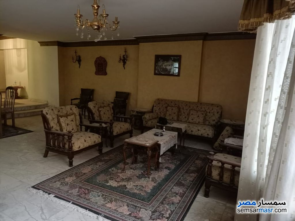 Ad Photo: Apartment 3 bedrooms 3 baths 220 sqm super lux in Nasr City  Cairo