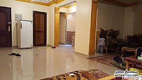 Ad Photo: Apartment 2 bedrooms 1 bath 109 sqm super lux in Zamalek  Cairo