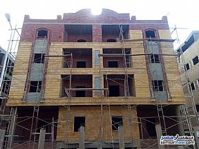 Ad Photo: Apartment 3 bedrooms 1 bath 155 sqm semi finished in Shorouk City  Cairo