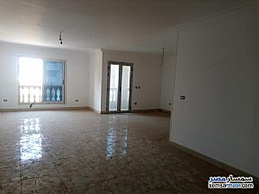 Ad Photo: Apartment 4 bedrooms 3 baths 120 sqm extra super lux in Sheraton  Cairo